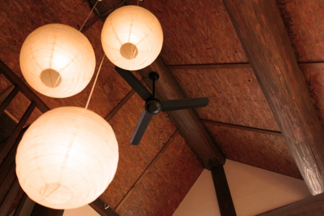照明が明る過ぎるとストレス住宅