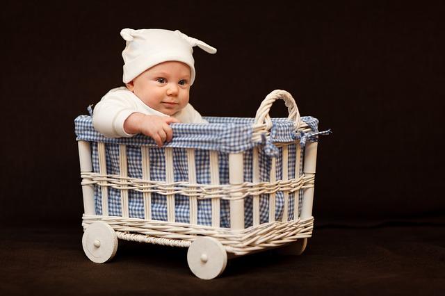 【置いても泣かない】赤ちゃんの背中スイッチはこれで切り抜けろ!
