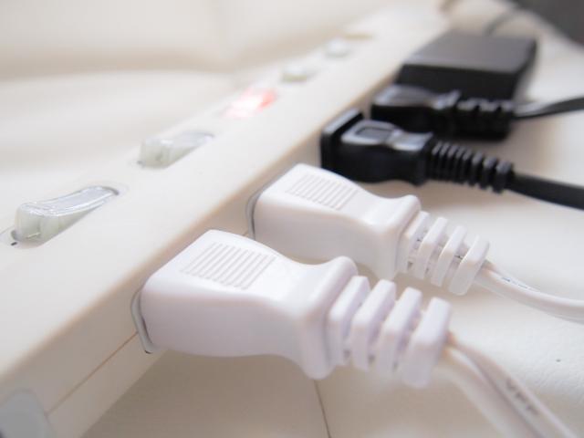 電気節約術1:使わない家電は主電源から切る