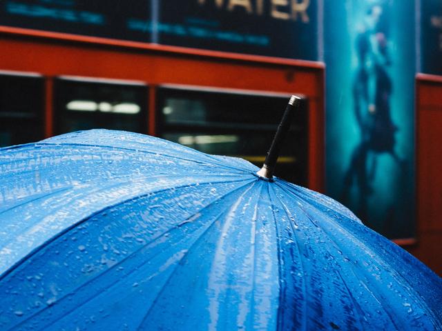 夫旦那出世風水玄関傘