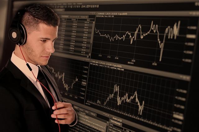 資産形成の基礎はインデックスファンドを活用しよう