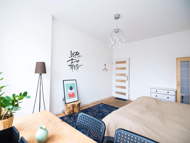 金運風水インテリア寝室運気ベッド位置入り口