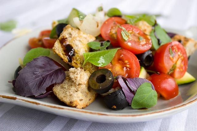 トマトサラダダイエットやり方