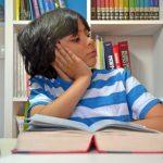 成績アップ受験合格子供部屋風水デスク机の向き集中力