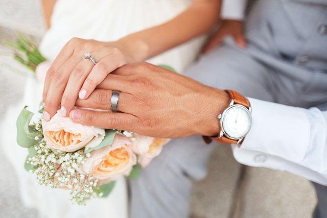 結婚すると回数が減る!?セックスレスはどう解決する?