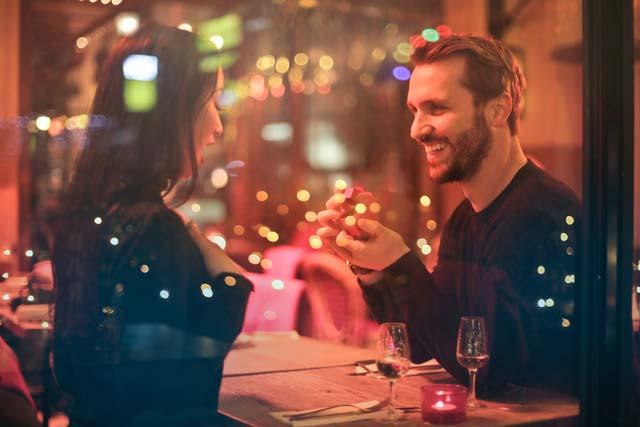 恋愛テクニック下男性をメロメロにさせてプロポーズを引き出す方法フル活用