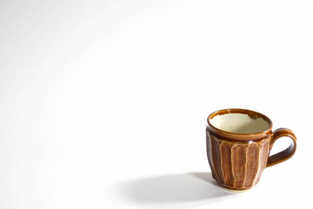 ワンポイント風水食器選び金運アップ食器土ものの陶器