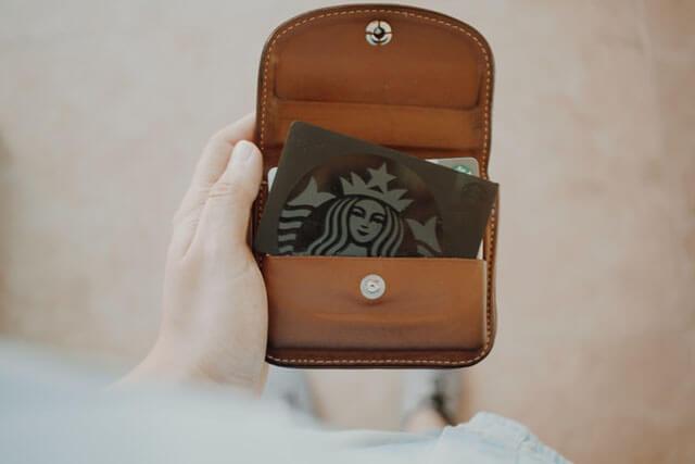 簡単金運アップ風水お財布に入れてはいけないものポイントカード
