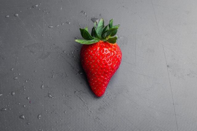 新たなチャンスが欲しいならイチゴのモチーフがオススメ